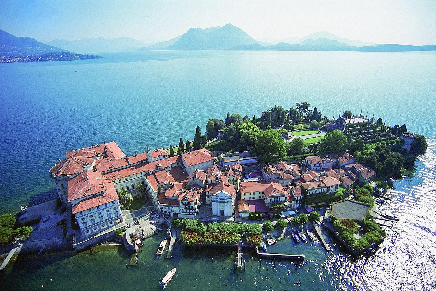 Isola Bella Scenari: srl Andrea Lazzarinied