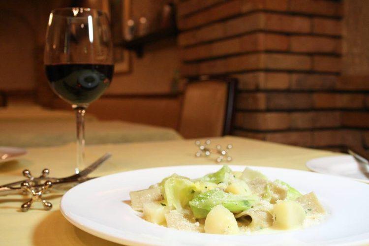 料理1:ピッツォッケリ・ヴァルテッリーナ風