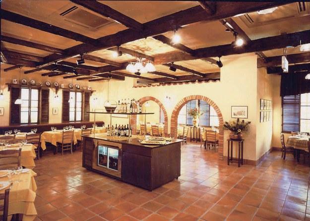 店内写真1:トスカーナにある一軒家のリストランテを思わせる空間