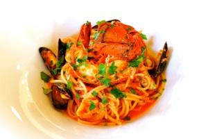 料理2:オマール海老のペスカトーレ