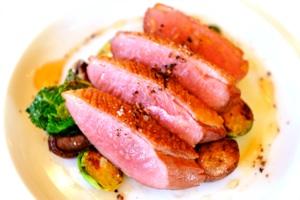 料理3:フランス産 鴨胸肉の炭火焼