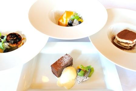 料理4:ドルチェは月替わりの数種よりお選びいただけるプリフィックス
